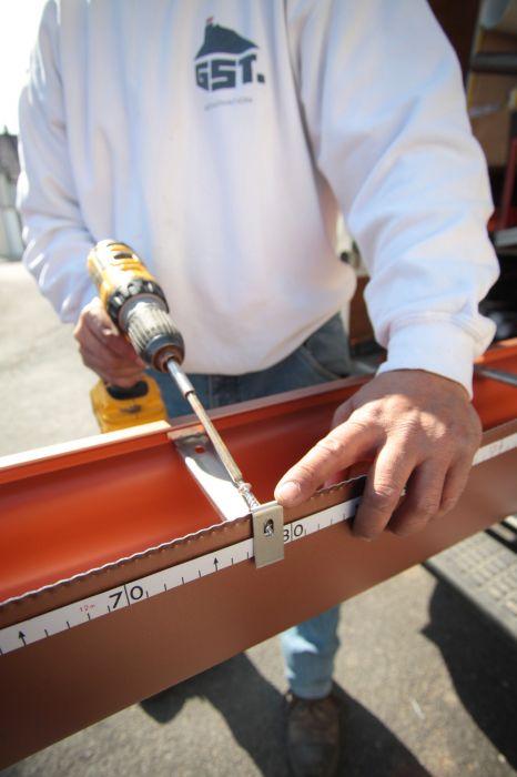 GST Rénovation - Fabrication de la gouttière sur-mesure 3