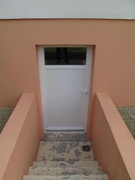GST Rénovation - Porte sous sol PVC 2