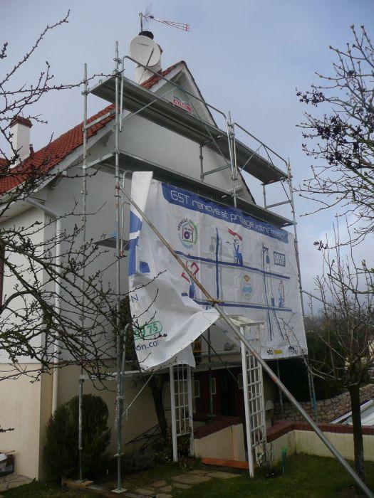 GST Rénovation - Mise en place des protection pour la rénovation des dessous de toit