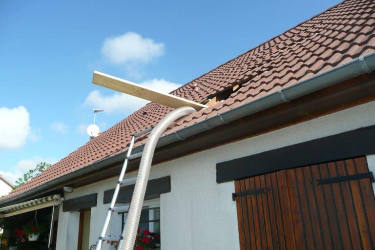 GST Rénovation - Placement tuyau pour isolation