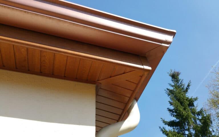 GST Rénovation - Dessous de toit en bois