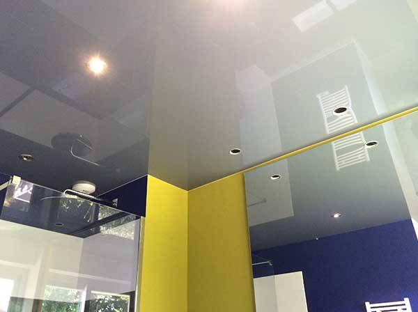 GST Rénovation - Plafond tendu salle de bain après